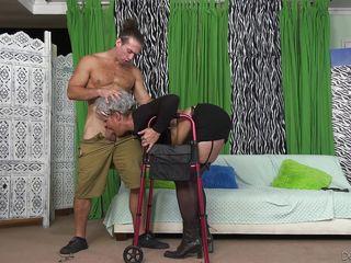 Смотреть порно бдсм наказание