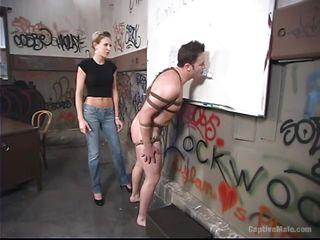 Смотреть секс порно первый анал