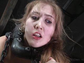 Порно русская брюнетка с большими
